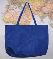 Fashion design large zippered nylon tote bag with handle , light and more color, OEM orders are welcome