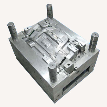 Vertical injection molding part