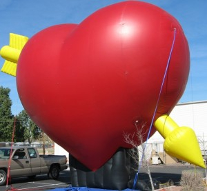 wedding stage decoration used giant inflatable red heart