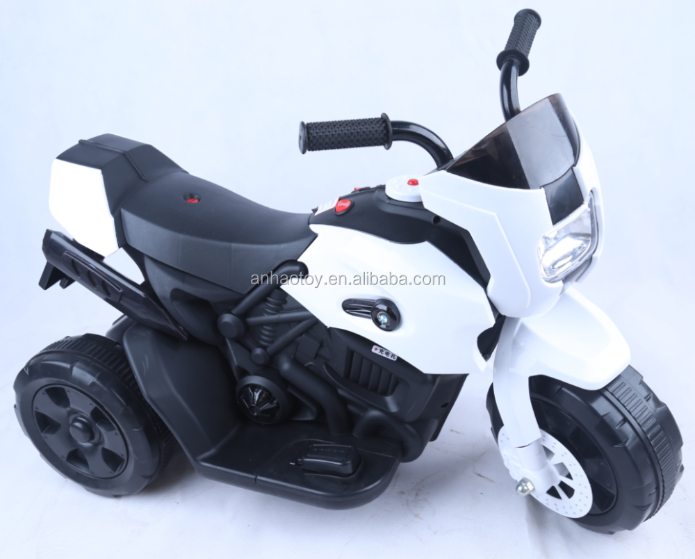 2017 hot selling children motorcycle / kids electric three wheel motorcycle /4 colors ride on toy