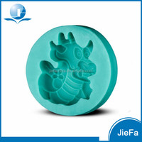 Hot Sale Chinese Style Silicone Dragon Cake Mold