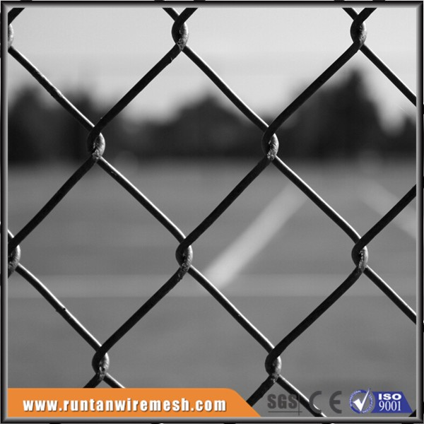 Tennis court chain link netting net fence for sports field