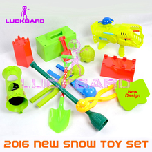 2016 New Snow Play Fun Toy Slider Snowball Brick Maker Launcher