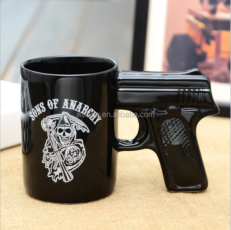 Alibaba China Funny Shaped Promotional 3d Ceramic Gun Mug
