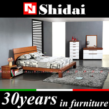 B90 teak wood modern bed designs / steel double bed / round bed comforters