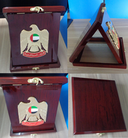 Custom engraved promotional uae national day wooden box plaque gift with falcon