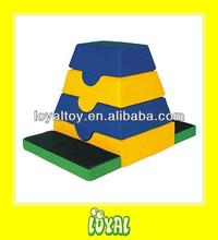MADE IN CHINA play football swimming toy with low cost FOR SALE