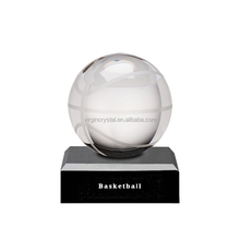 Modern design Wholesale Clear Crystal glass Baskeball trophy with customized logo black base
