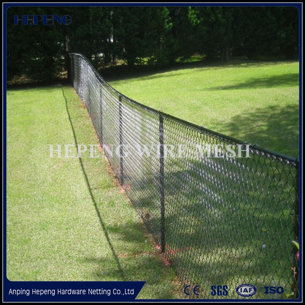 Fencing, Trellis & Gates Type and Steel Metal Type Chain link fencing