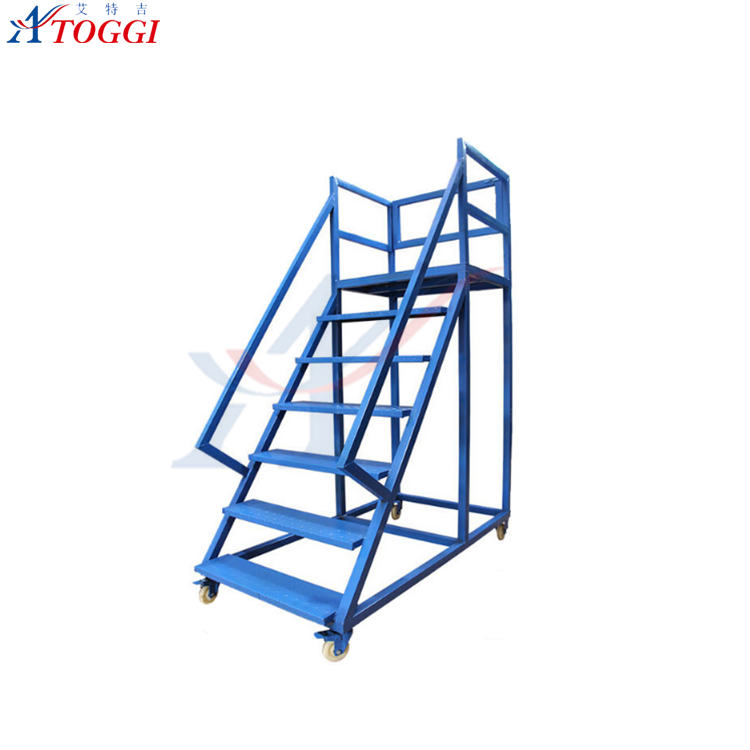 big type iron folding step ladder