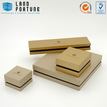 Gold brown outside material hinged plastic box with neck jewellery packaging boxes for jewelry