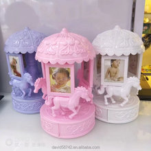"Hot Sale Plastic Concise Border Carrousel Rotational Shape 4""5""Baby Photo Frame For Decorative Household Table Layout"