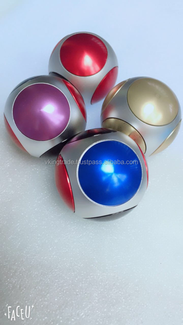 VKING 2017 Most Popular Rotating Football Fingertip Gyro Ball Spinner