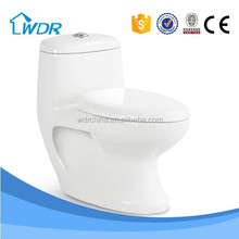 Cheap washdown restroom corner ceramic power flush toilets