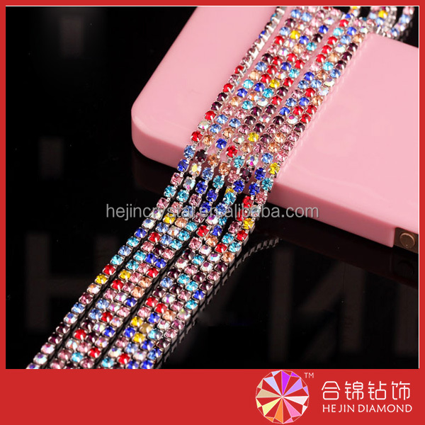 Close rhinestone trimming color cup chain wholesale roll for garments accessories