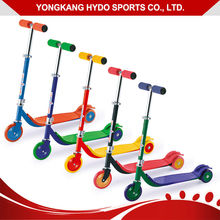 Attractive Appearance Big Three Wheels 125Mm 100Mm Kids Plastic Scooter