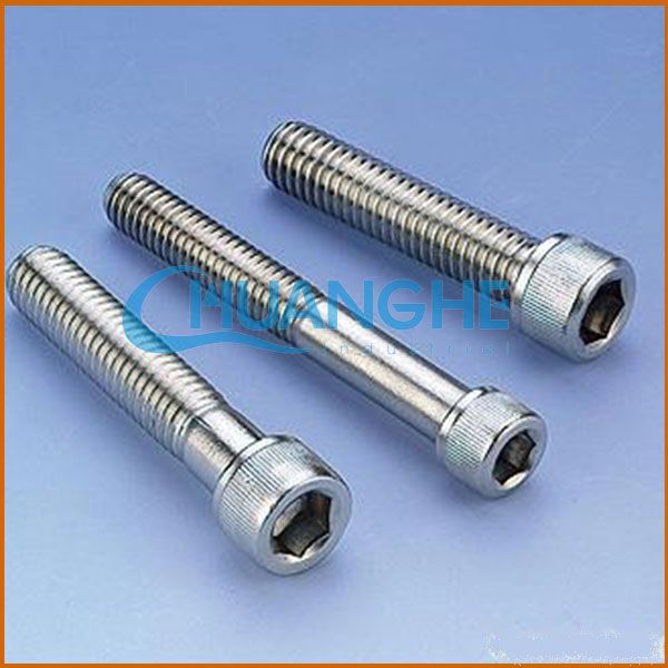 china supplier low price g8.8 high strength hex head bolt and nut