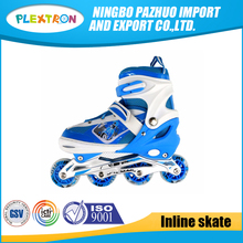 Durable cheap 4 PVC wheel flashing retractable roller skate shoes
