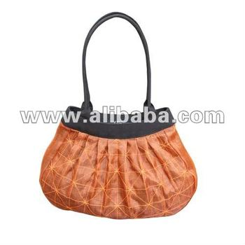 BIN Pleated Shoulder Bag
