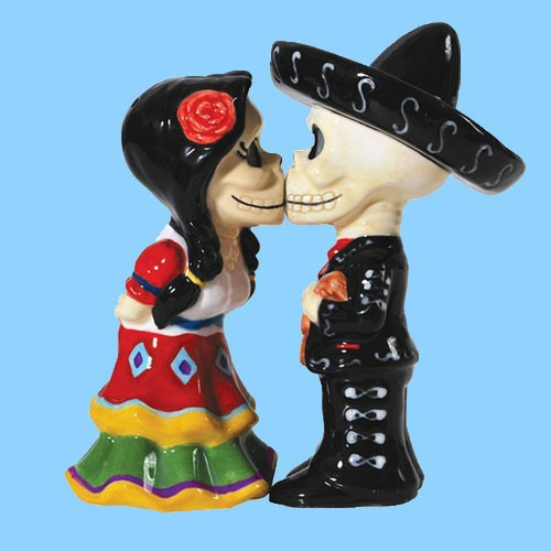 Ceramic Decorative Mini Skull Bride And Groom Salt And Pepper Shaker