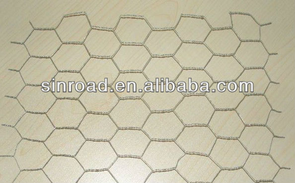 Wire meshed rock wool blanket
