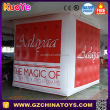 Durable square cube PVC advertising inflatable helium balloon for sale