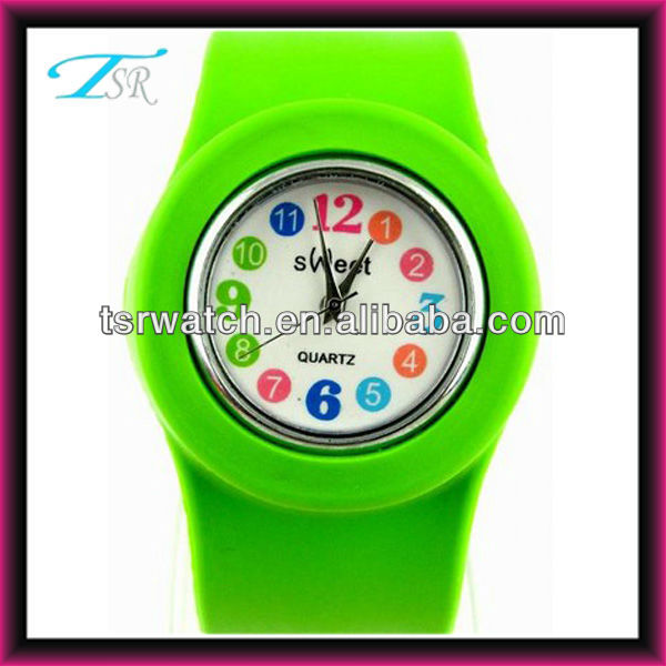 2014 silicone band and various colors and anmals with picture face unique and cheap slap cartoon watch for kids
