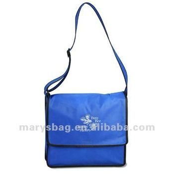 non woven messenger bag with across the body straps