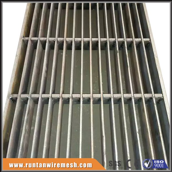 Trade Assurance Steel drain grill , drainage grille, garage floor grate drains