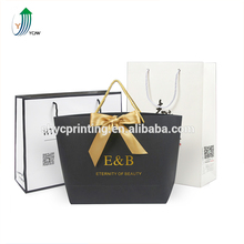 2017 Hot stamping paper decorative reusable gift shopping bags with cut die handle