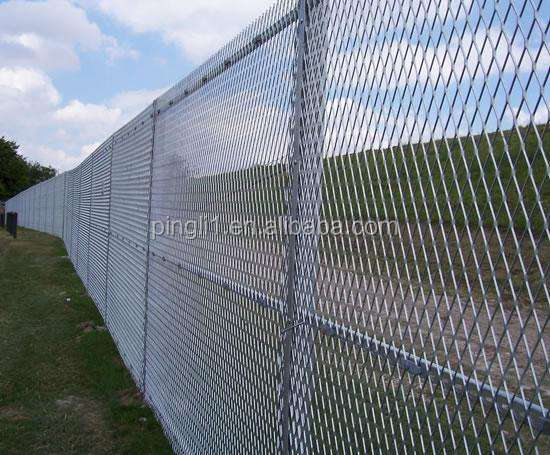 Flattened expanded metal mesh fence factory