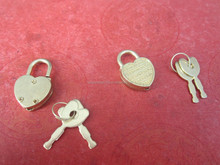 Manufacturer Supply Fancy Brass Color Heart Shape Mini Padlock For Notebook
