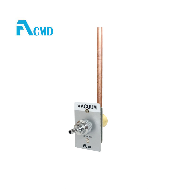Oxygen flowmeter with humidifier and DISS medical gas outlets