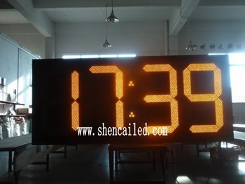 33 inch internet outdoor wall clock