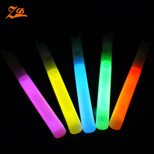 wholesale cheap glow stick whistle in the dark for party