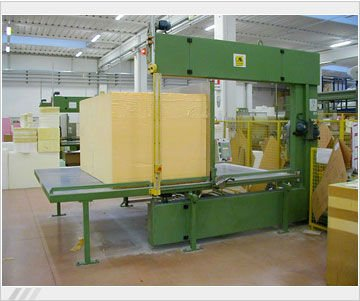 Foam cutting machine, vertical semiautomatic