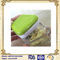 Kitchen Plastic Garlic and Ginger Cutter Mini Garlic Press Garlic Chopper Ginger Slicer ZD20160422 S1006