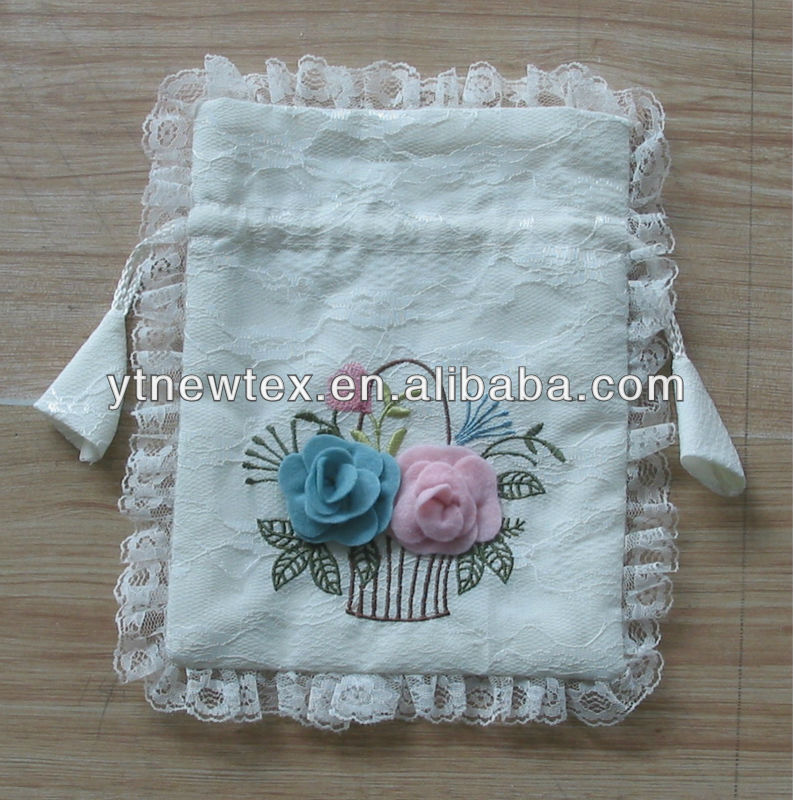 embroidery organza jewelry bag with drawstring design