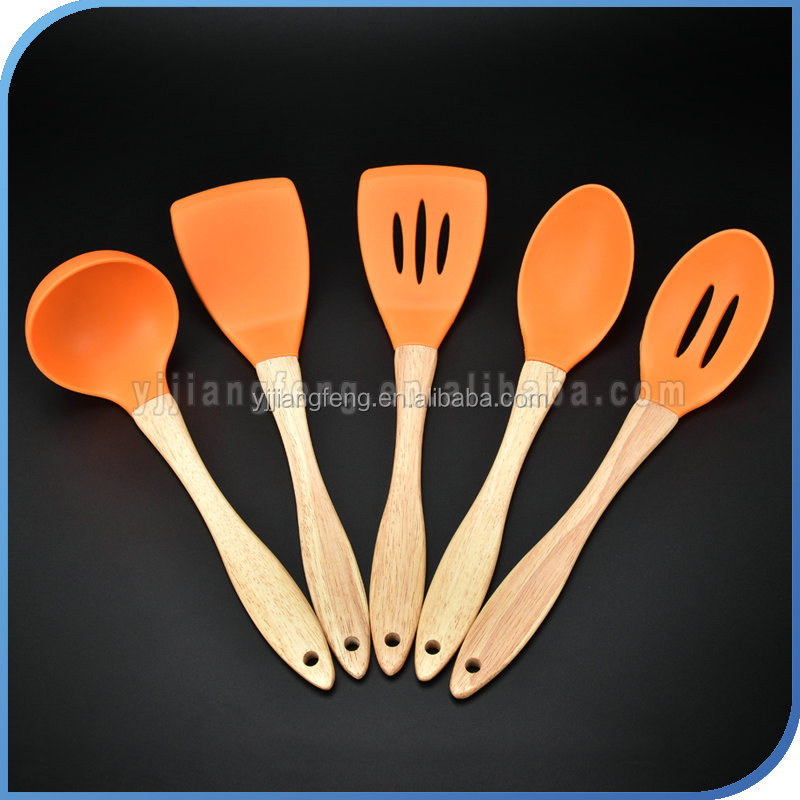 The Most Fashional Wood Handle Silicone Kitchen Utensils Set