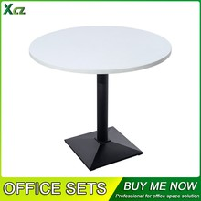 Round meeting table Round conference table