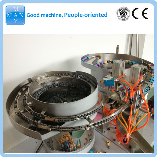 Vacutainer tube assembly machine