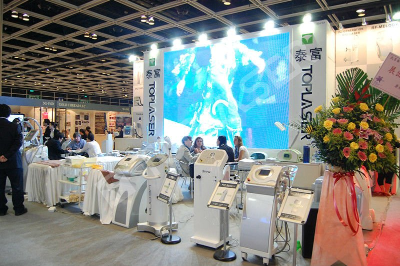 2017 New Technology Toplaser Q switched Nd Yag Laser Salon Beauty Machine For Tattoo Pigmentation Removal Medical Device