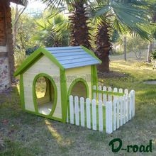 Custom cheap outdoor wooden luxury dog house with small courtyard