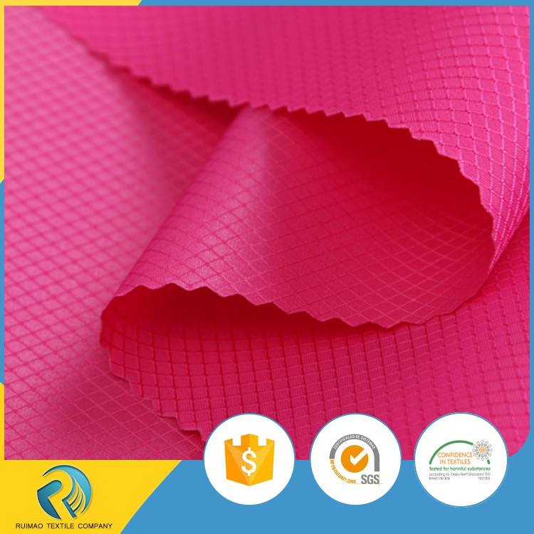 China wholesale pu coated 200D nylon diamond ripstop fabric for bags