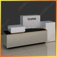 Full set retail display table with multiple-function