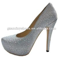 Lady crystals wedding shoes