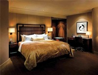 wooden hotel bedroom / Honour enjoy maple suite / Platinum suites CVSHT