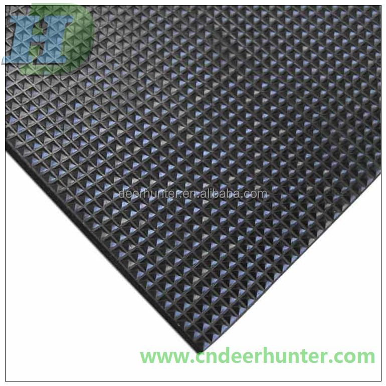 Pyramid Rubber Sheet Anti slip mat rubber flooring