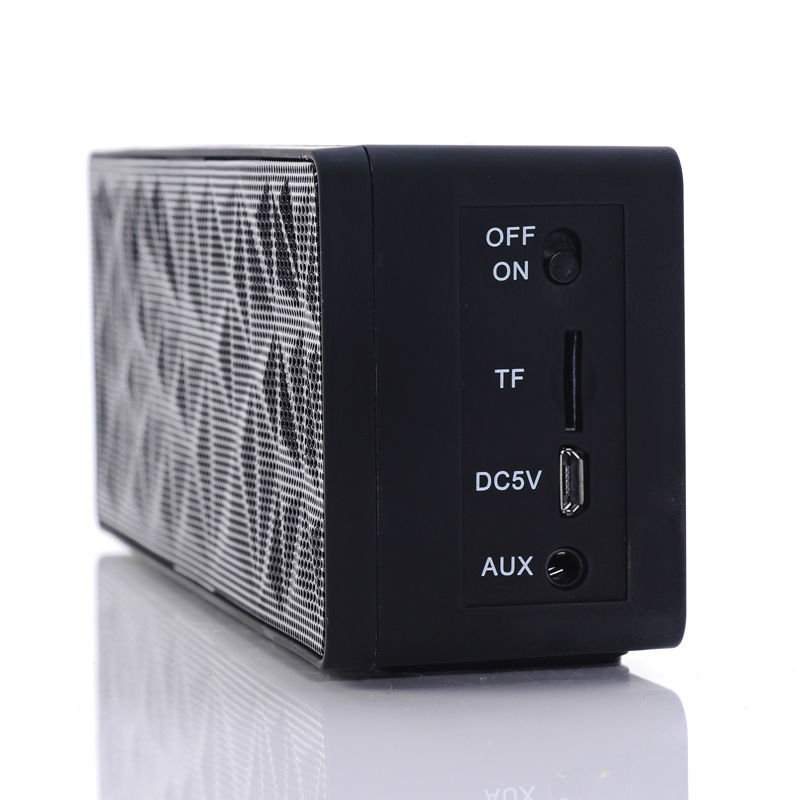kids gift Mini Portable bluetooth Speaker Audio Amplifier for Laptop MP3 MP4 With FM Radio
