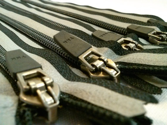 9 Inch Black With Gray Reflective Tape YKK Nylon Zipper --close-end 5#